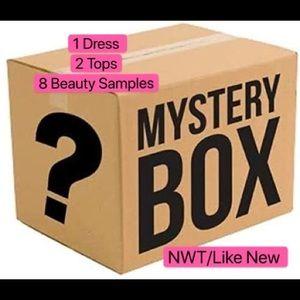 11 Items Mystery Box